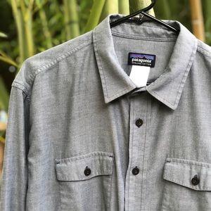 Patagonia men's chambray button down shirt large